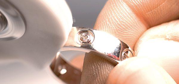Jewellery polish